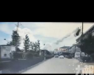汽車疑被炸飛 9人死逾百傷