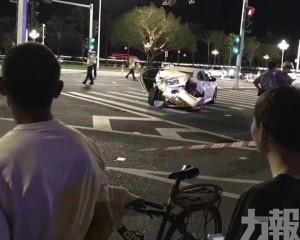 54歲男司機突發病致車輛失控
