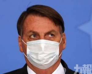 巴西總統病毒檢測轉陰後肺部再感染