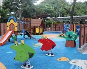 兒童遊樂區周六重開