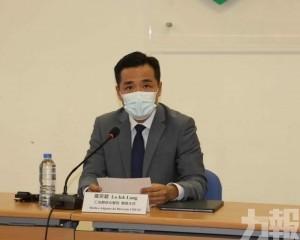 羅奕龍建議市民繼續戴口罩
