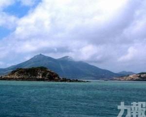 福建漁船台灣海峽沉沒12人失蹤