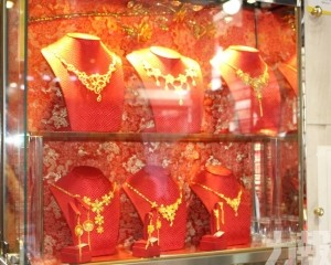 珠寶商料下半年生意恢復四成