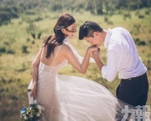 27歲余香凝公開冧爆婚照