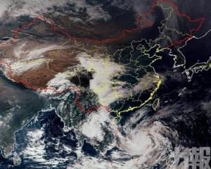 「莫拉菲」加強為颱風級別 料趨向越南