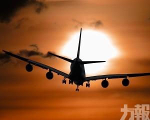 民航局:明日零時起繼續暫停中英定期客運航班