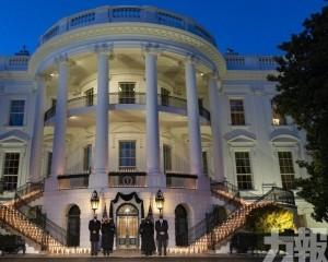 白宮燭光悼念50萬美國新冠死者