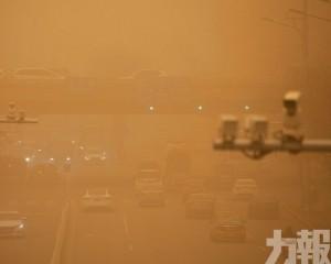 蒙古國受強沙塵暴和暴風雪襲擊