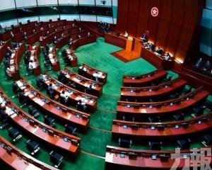 多位議員要求區錦新收回發言