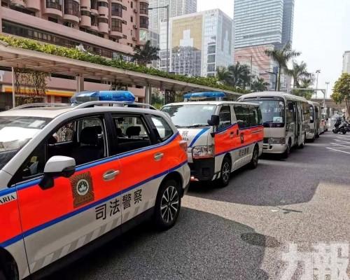 司警拘捕七人控普通傷人罪