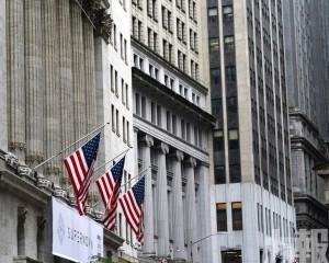 美股顯著下跌 道指跌近2%