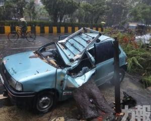熱帶氣旋「陶特」吹襲印度西海岸