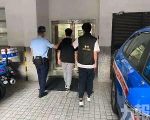 青年涉穿時裝店櫃桶底被捕