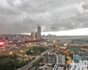 氣象局料明起間中有大驟雨