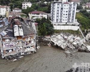 土耳其黑海地區洪災77人遇難