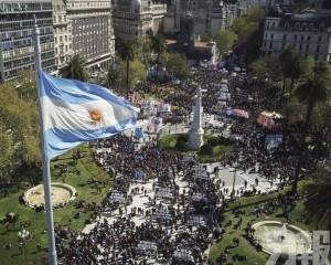 阿根廷疫情緩解 11月起開關