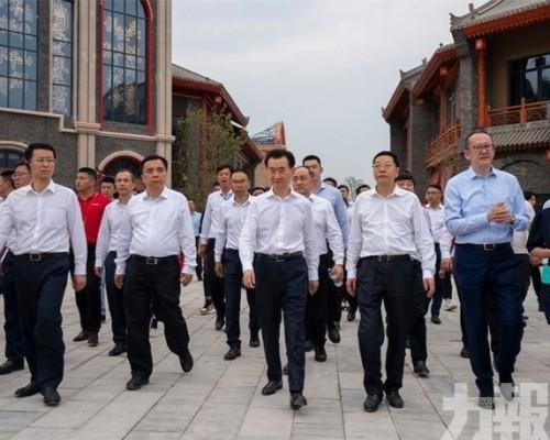 王健林擬重回港股市場