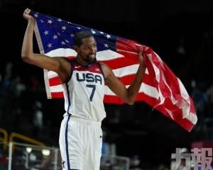 率領美國奪男子籃球金牌