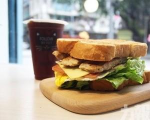 黑沙環早餐必食 !大啖超厚蛋餅吐司