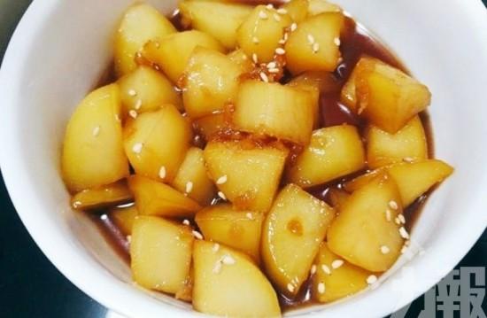 輕鬆煮醬燒薯仔醃蘿蔔