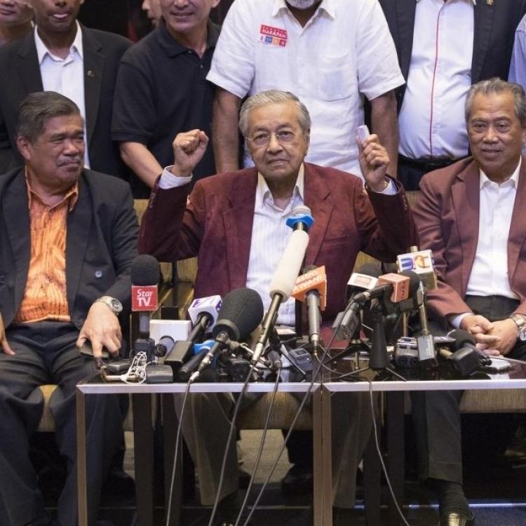 馬哈迪料今日宣誓就任總理